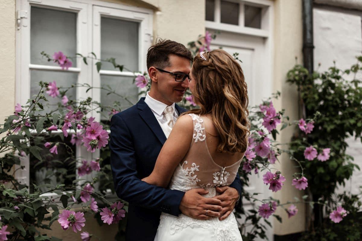 Hochzeitsvorbereitungen – Was muss wann geplant werden?